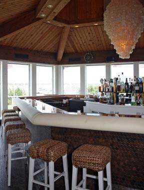 Montauk Yacht Club Seven Stars Global Hospitality Awards